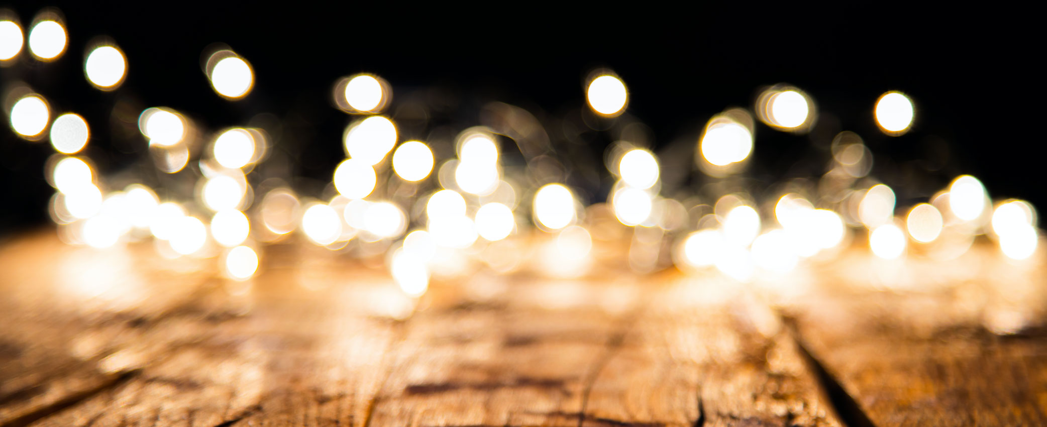 Christmas_Light_Blur_Wood